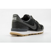 nike internationalist premium solde